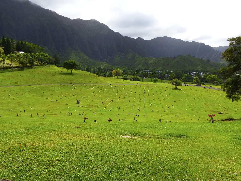 Valley of the Temples Memorial Park, Oahu